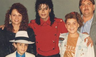 Ways To Watch Leaving Neverland Documentary Online For Free