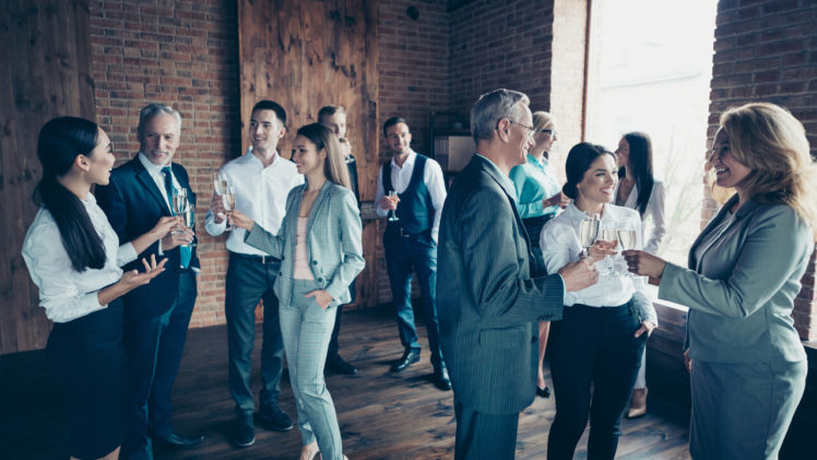 Helpful Suggestions for Choosing the Right Venue for Corporate Parties