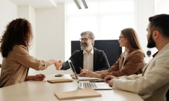 7 Signs that You Should Consider Outsourcing Your HR Function